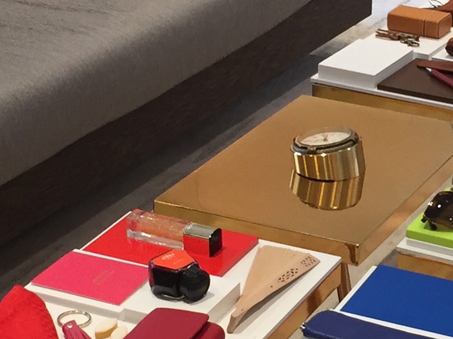 11-Fred-event-support-display-vitrine-retail-joaillerie-luxe-window-okto-PP