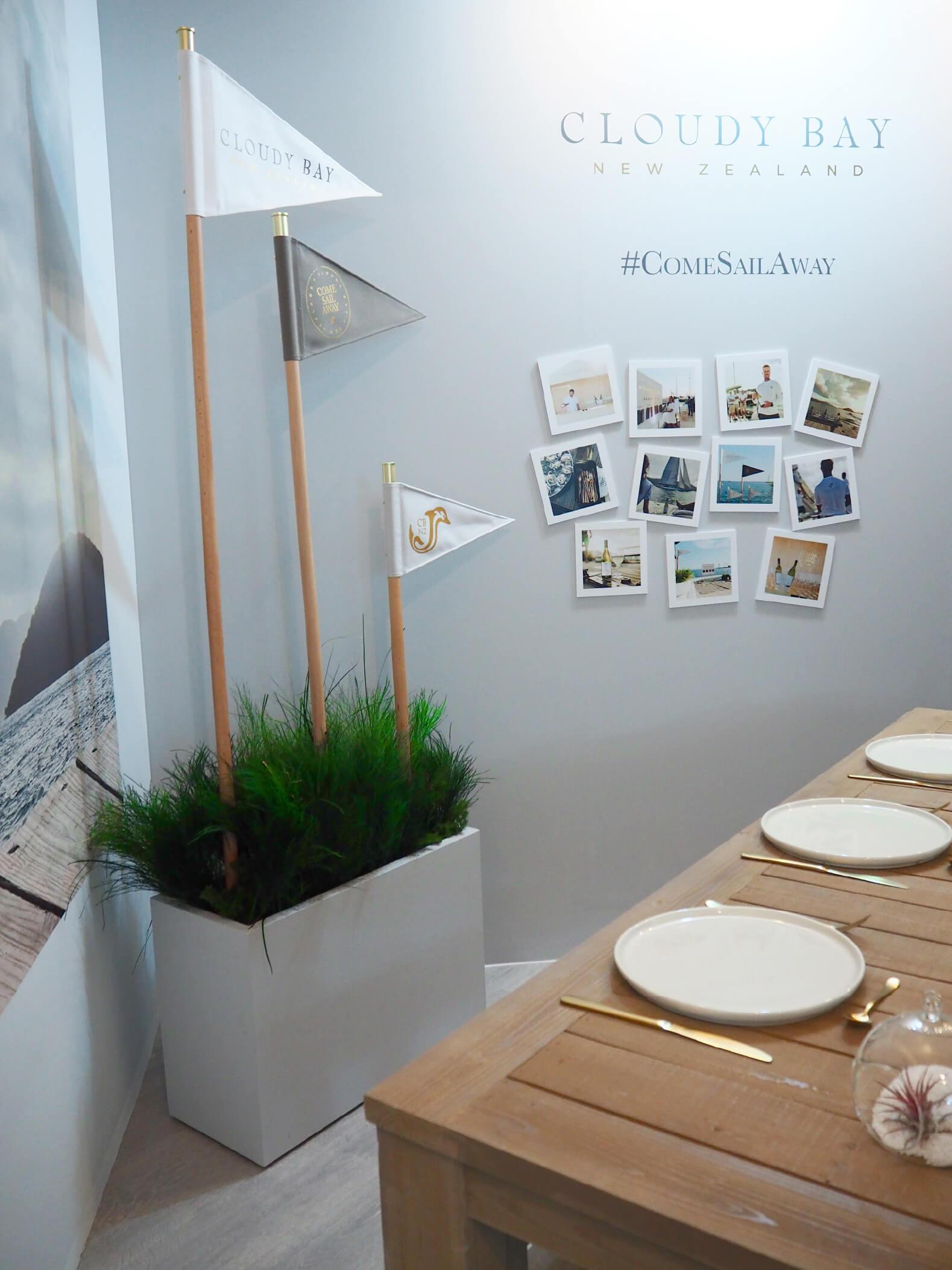 Estates&Wines-stand-corner-retail-scenographie-luxe-POS-display-OKTO-_03